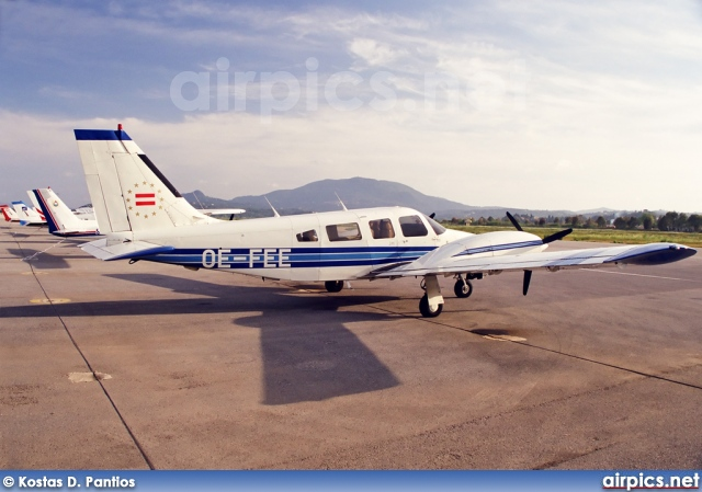 OE-FEE, Piper PA-34-220T Seneca III, Private