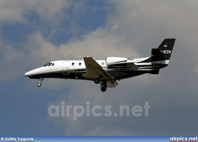 YU-BZM, Cessna 560-Citation XL, Private