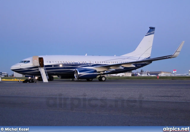 P4-NGK, Boeing 737-700/BBJ, Private