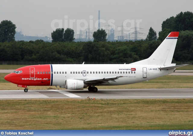 LN-KKE, Boeing 737-300, Norwegian Air Shuttle