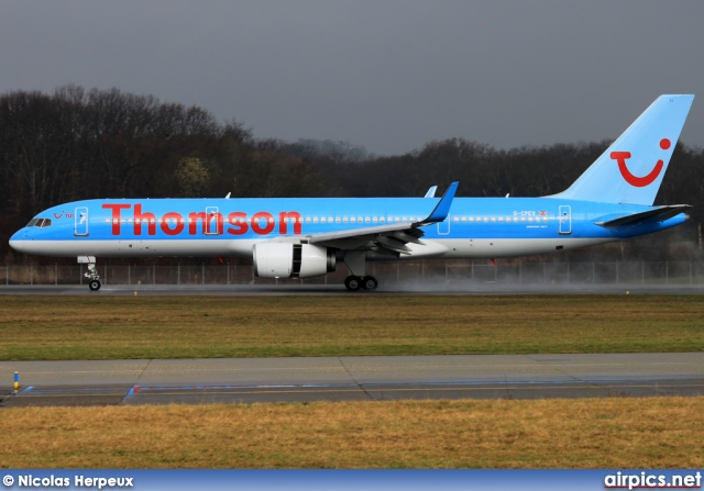 G-CPEV, Boeing 757-200, Thomson Airways