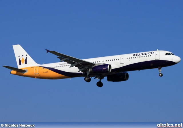G-OZBO, Airbus A321-200, Monarch Airlines