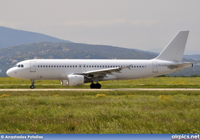 YL-LCH, Airbus A320-200, Smartlynx Airlines