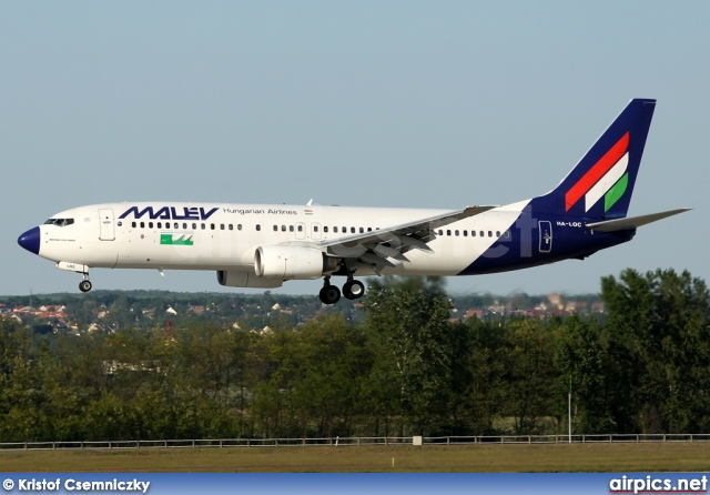 HA-LOC, Boeing 737-800, MALEV Hungarian Airlines