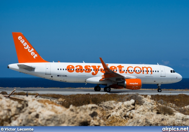 G-EZWL, Airbus A320-200, easyJet