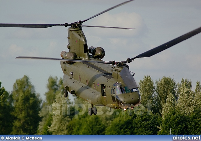 ZA705, Boeing Chinook-HC.2, Royal Air Force
