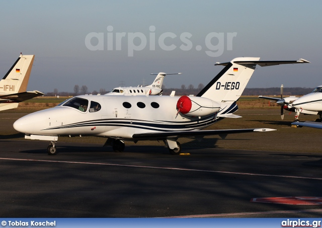 D-IEGO, Cessna 510-Citation Mustang, Triple Alpha Jet Charter