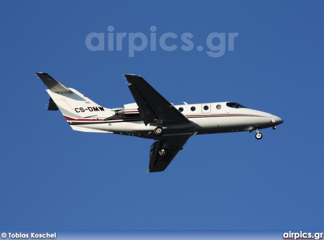 CS-DMW, Hawker (Beechcraft) 400-XP, Untitled