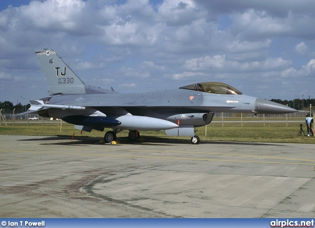 86-0330, Lockheed F-16-C Fighting Falcon, United States Air Force