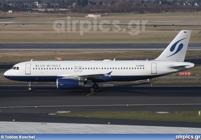 D-ANNE, Airbus A320-200, Blue Wings