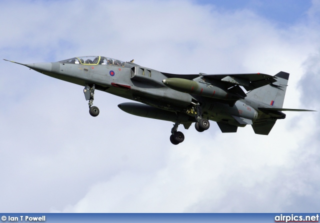 XX833, SEPECAT Jaguar-T.2A, Royal Air Force