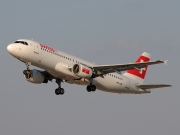 HB-IJM, Airbus A320-200, Swiss International Air Lines