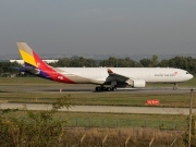 F-WWCY, Airbus A330-300, Asiana Airlines