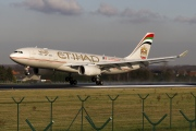 A6-EYR, Airbus A330-200, Etihad Airways
