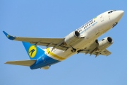 UR-GBC, Boeing 737-500, Ukraine International Airlines