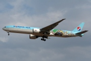 HL8209, Boeing 777-300ER, Korean Air
